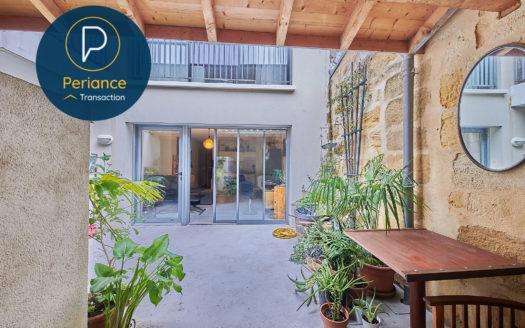 Appartement T2 avec terrasse et parking à vendre Bordeaux Palais de Justice