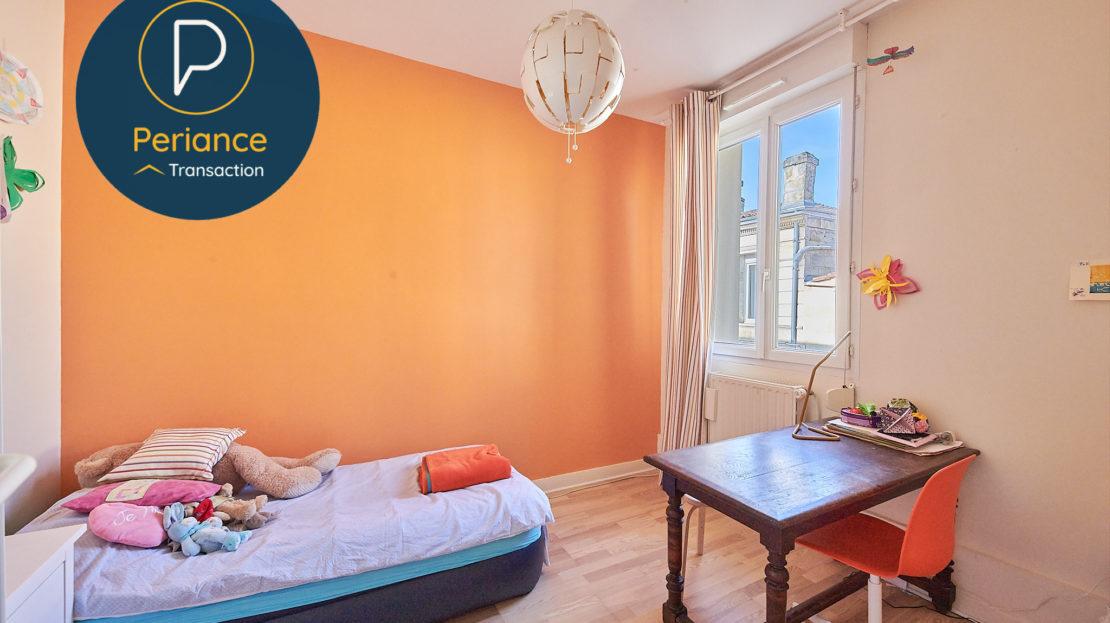 Chambre 2 - Maison avec terrasse à vendre Bordeaux Jardin Public / Chartrons