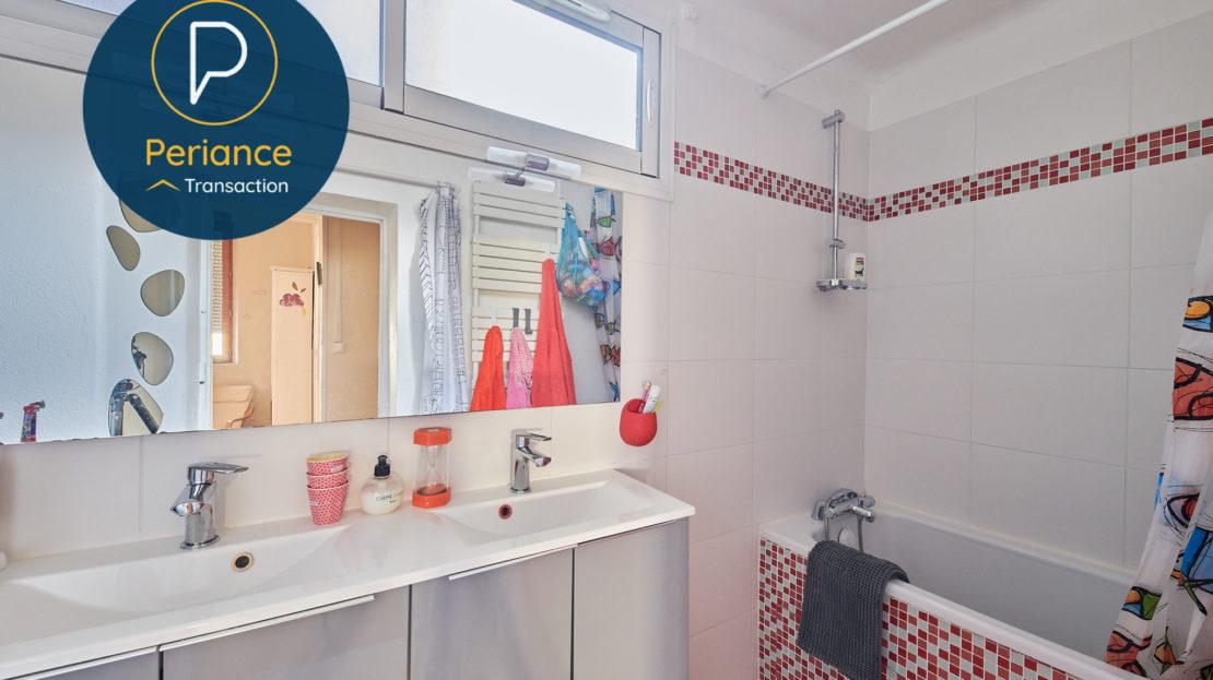 Salle de bains 2 - Maison avec terrasse à vendre Bordeaux Jardin Public / Chartrons