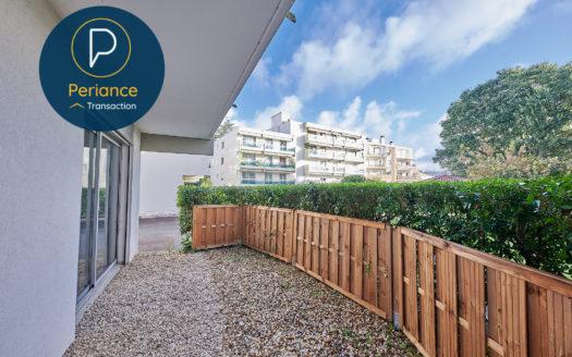 terrasse - Bordeaux Parc Rivière : Appartement T2 avec tersasse cave et parking